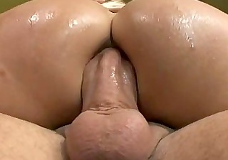 milf is an awesome cock sucker