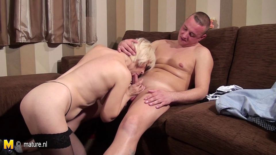 mature whore mom sucking and fucking her a-hole